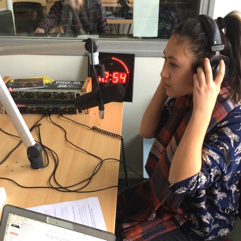1:1-72dpi-Radio-Studio